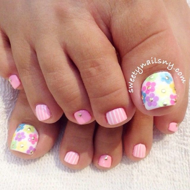 Spring Flowers Toe Nail Design Idea - 40+ Incredible Toe Nail Art For Spring - Spring Toe Nail Designs Graham Reid
