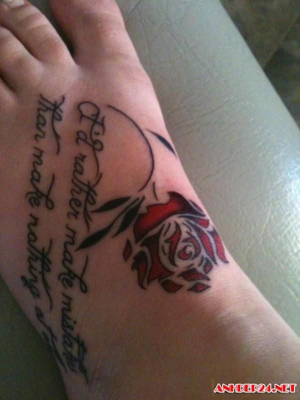 55+ Beautiful Rose Tattoos On Foot