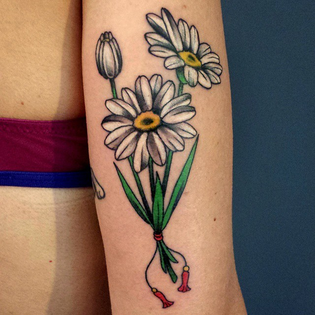 Floral Bouquet Back Tattoo: 50+ Latest Daisy Tattoos Ideas