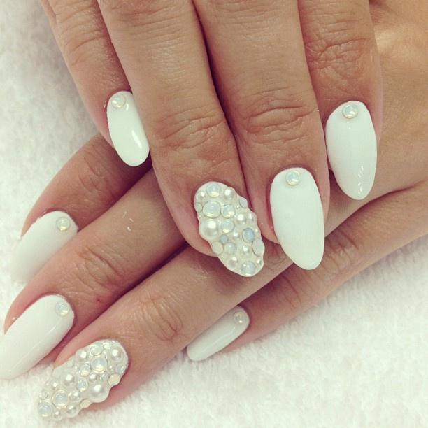 White Nails With Pearls Nail Art Design - 52 Most Adorable Pearls Nail Art Design