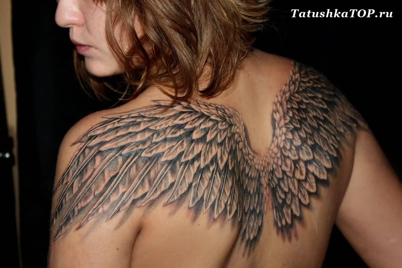 40 angel wings tattoos on back for Angel wings girl tattoos