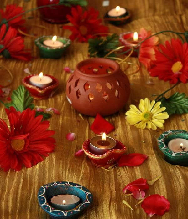 20 beautiful diwali decoration ideas for office and home for Home decorations ideas for diwali