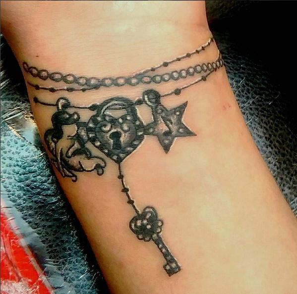 Charm Bracelet Tattoo Google Search: 50+ Best Bracelet Tattoos Ideas