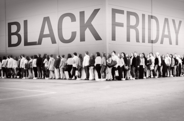 Holiday Shopping Lines