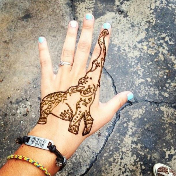 32 Elephant Tattoos On Hands