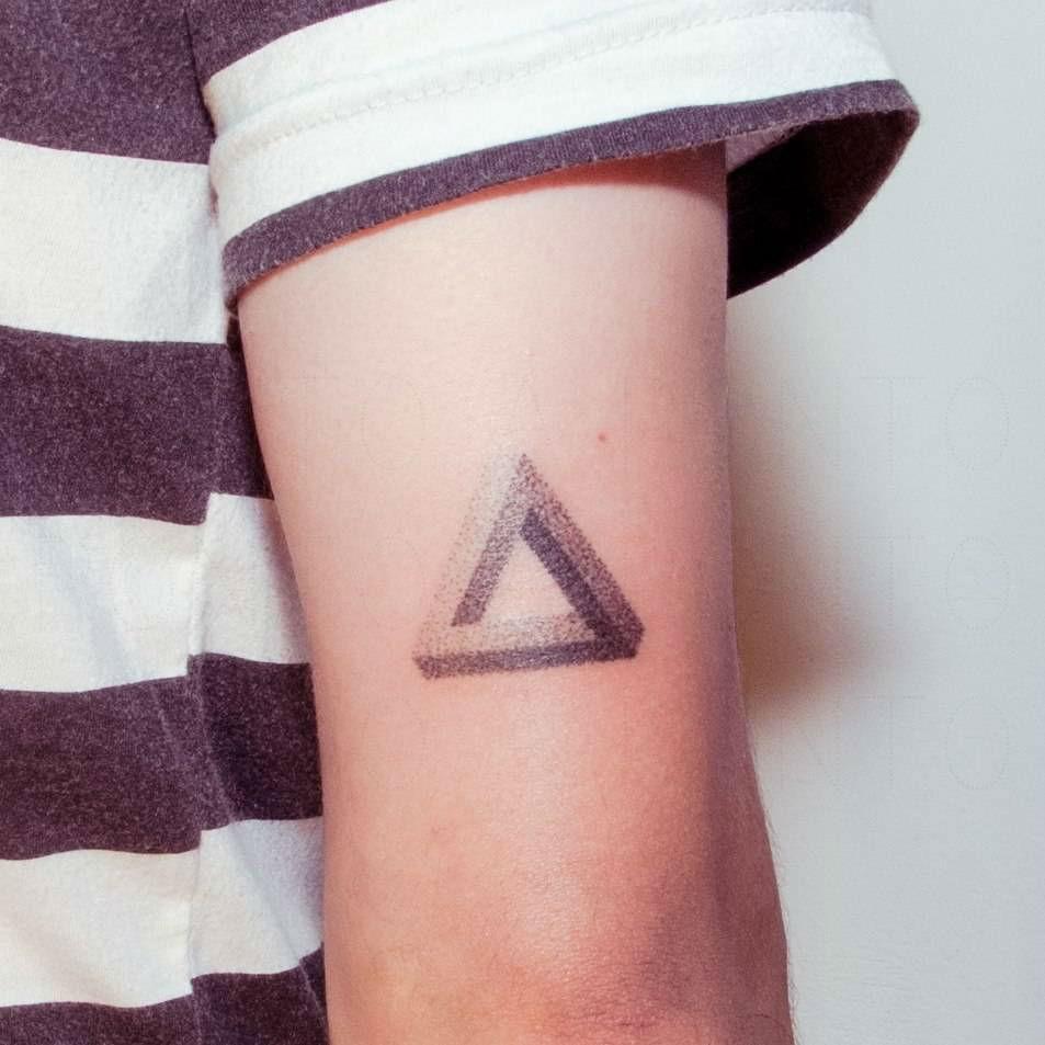 67+ Best Triangle Tattoos Ideas