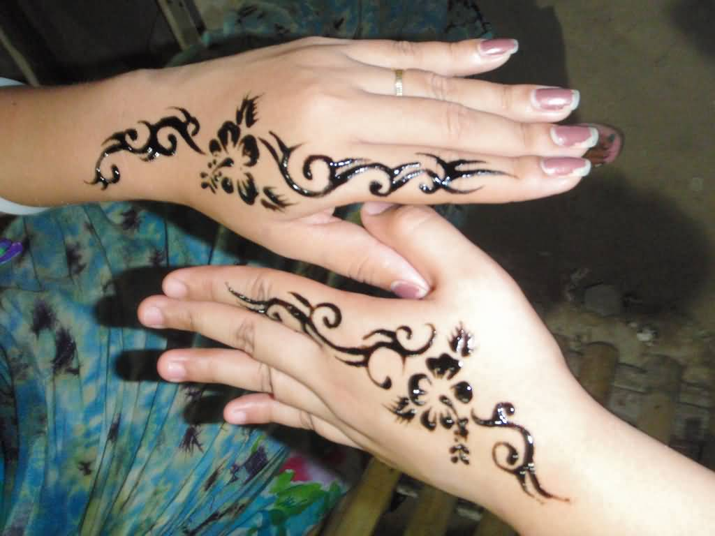 Mehndi Tattoo Back Hand : Side hand tattoos for women