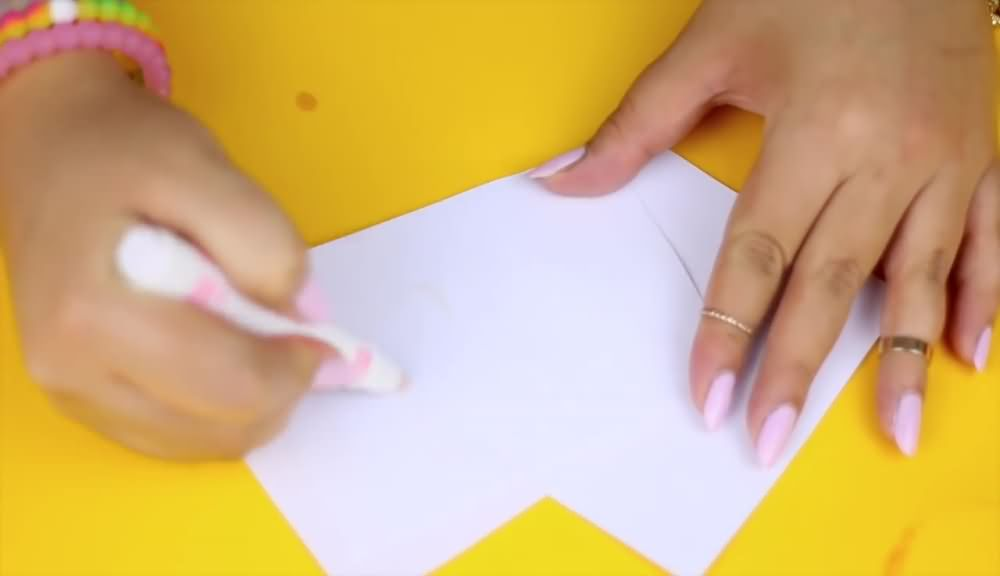 How To Create Secret Invisible Ink Marker (7)