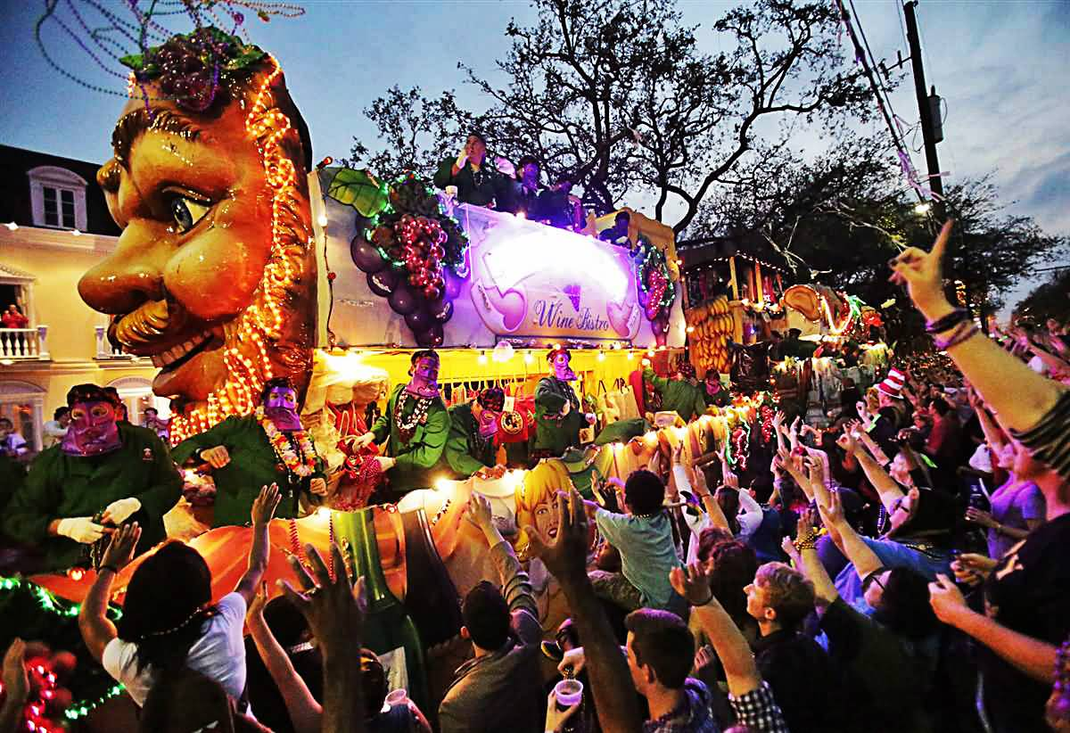mardigras The 2018 san diego mardi gras parade and parties are back in the gaslamp quarter on feb 27 join us for music, food, drinks, dancing, beads, and more.