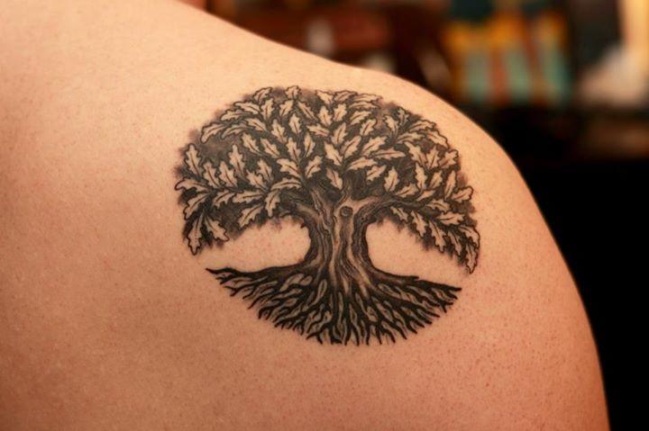 739cefc39 Black Ink Celtic Tree Of Life Tattoo On Right Back Shoulder