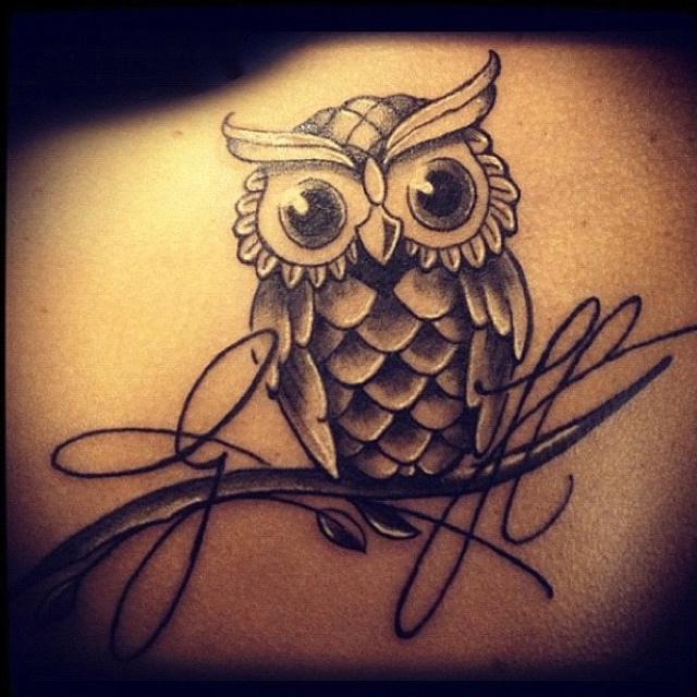30 cute owl tattoos ideas. Black Bedroom Furniture Sets. Home Design Ideas