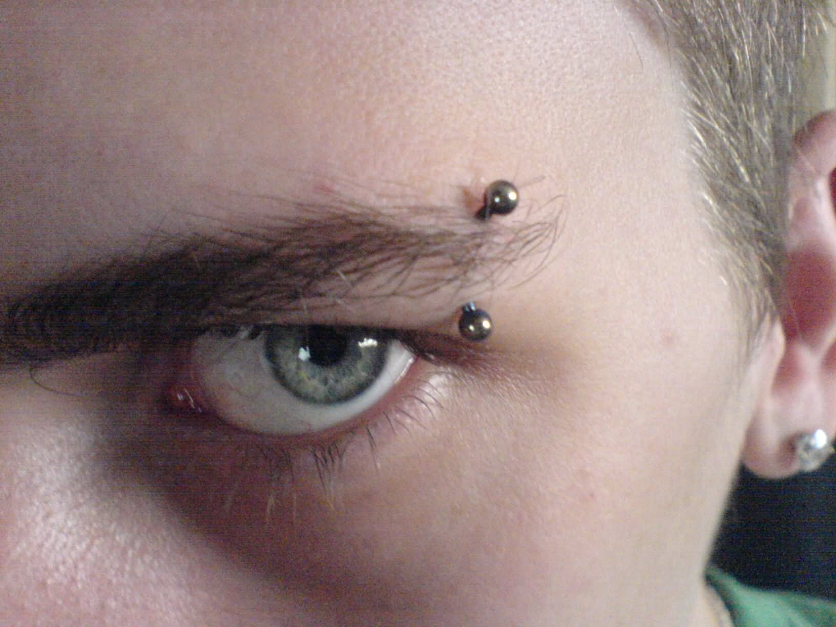 60+ Latest Eyebrow Piercing Pictures Collection
