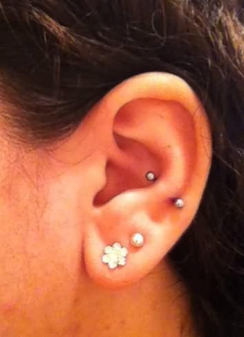 35+ Awesome Snug Piercing Ideas For Girls Ear Piercings Snug