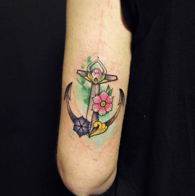 54 anchor tattoos for women for Anchor with flowers tattoo