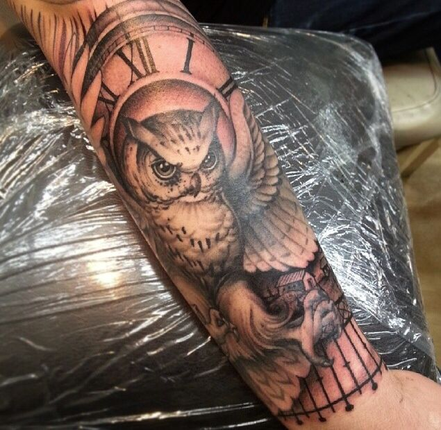 40 Awesome Owl Clock Tattoos
