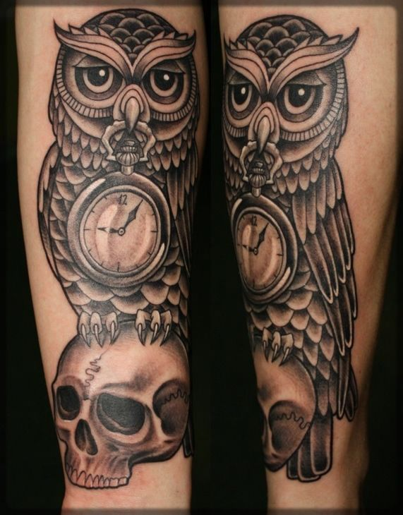 40 awesome owl clock tattoos. Black Bedroom Furniture Sets. Home Design Ideas