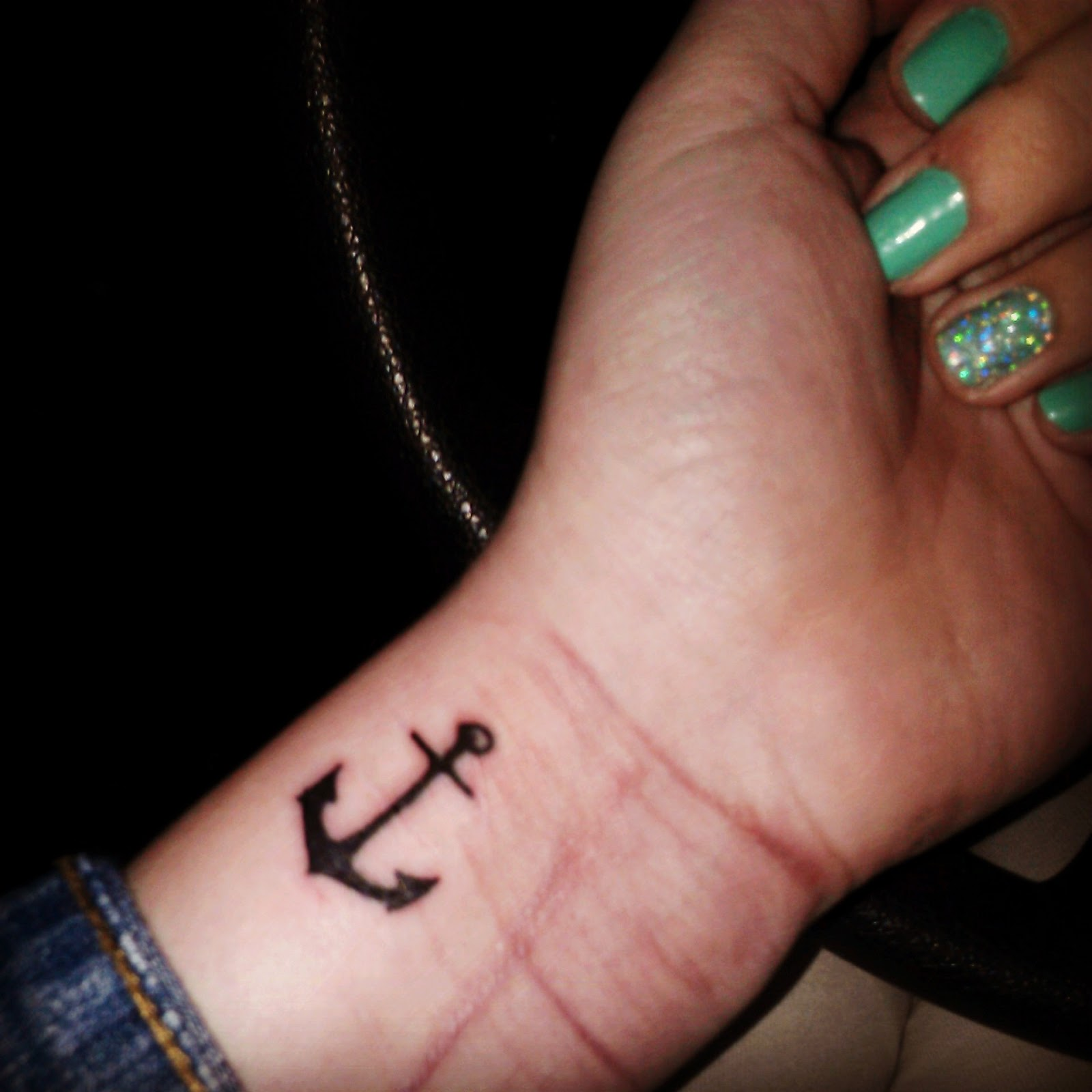 50+ Simple Anchor Tattoos Collection
