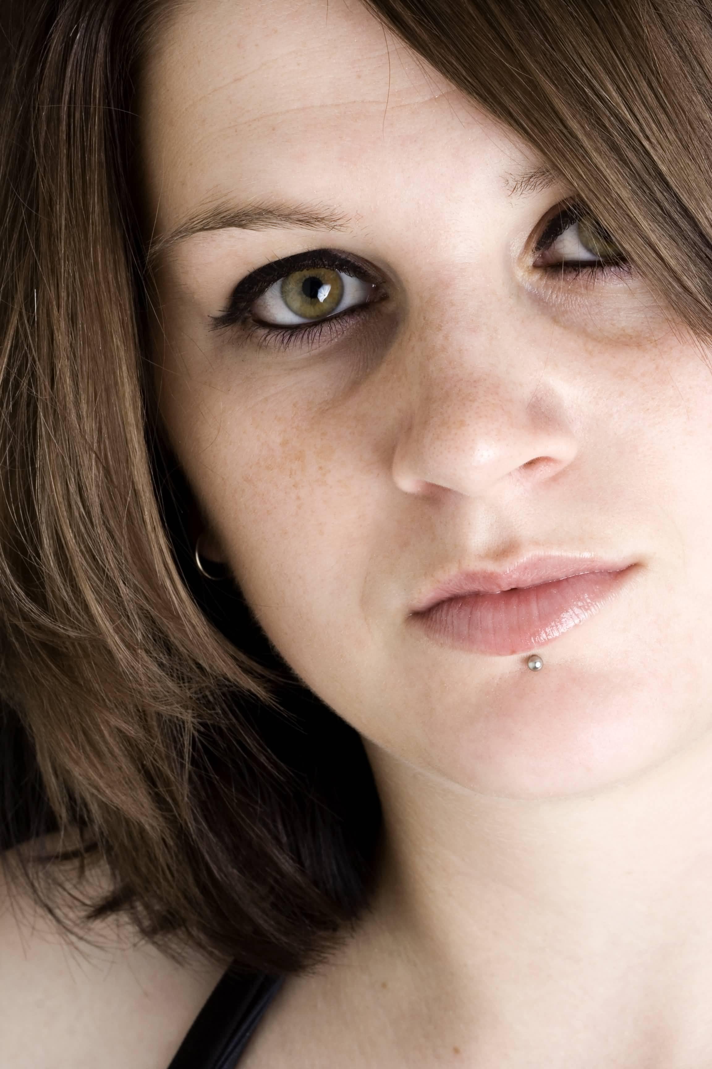 35+ Labret Piercings For Girls