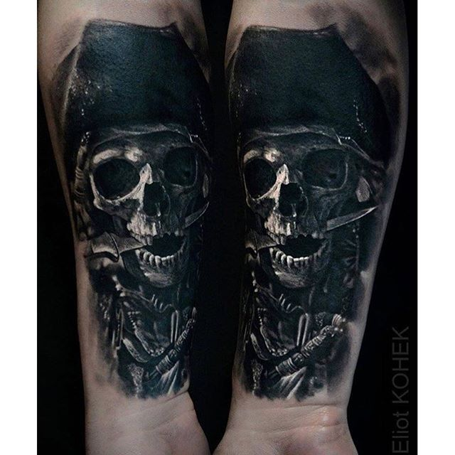 Black And Gray Clock And Skull Tattoos On Bicep: 33+ Best Pirate Skeleton Tattoos