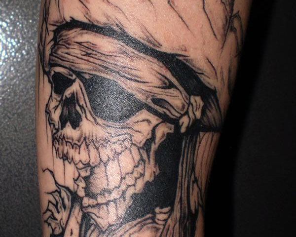 54 pirate skull tattoos collection for Skeleton pirate tattoo