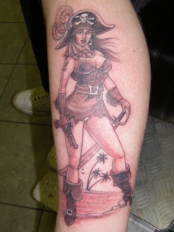 41+ Pirate Girl Tattoos Ideas - photo#18