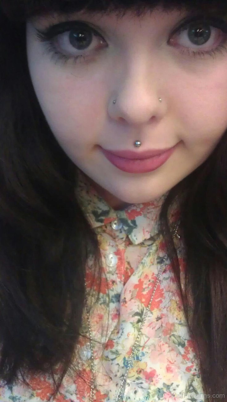 60 Latest Medusa Piercing Pictures