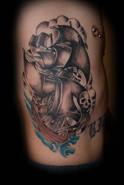 awesome black ink pirate ship tattoo on man right side rib. Black Bedroom Furniture Sets. Home Design Ideas