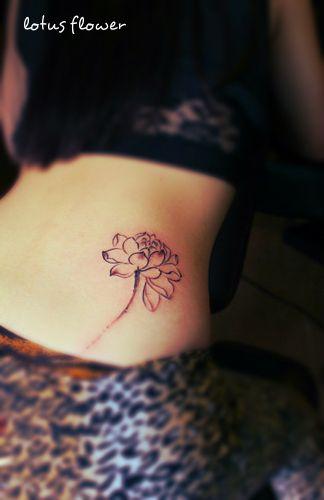 21 Best Lotus Tattoos On Hip