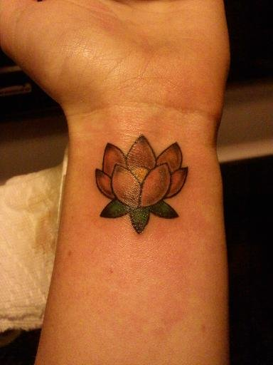 38+ Lotus Tattoos On Wrist