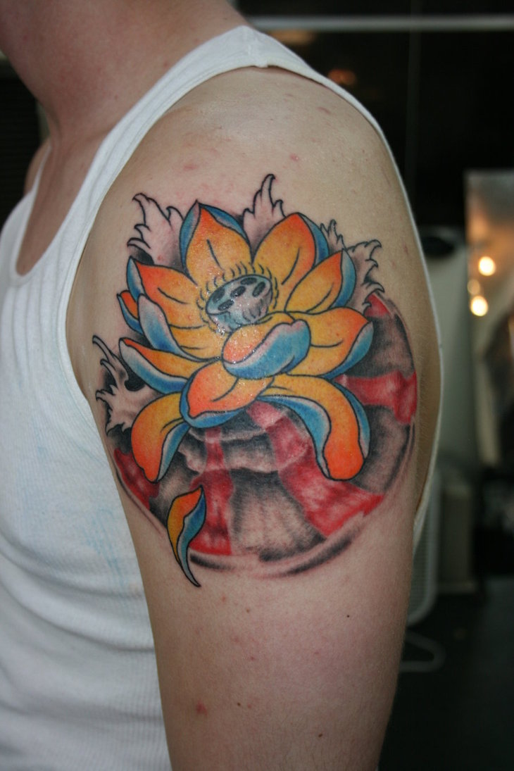 37 Traditional Lotus Tattoos Ideas