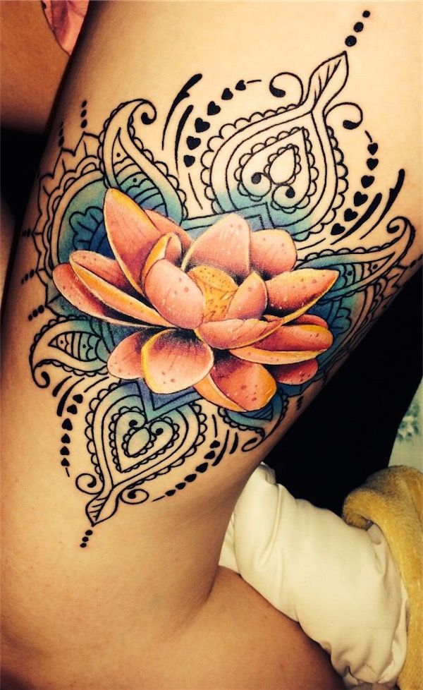 Cool Flower Tattoos: 25+ Lotus Flower Tattoos On Thigh