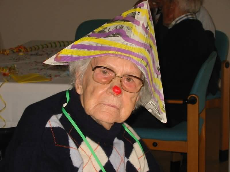Funny-Clown-Old-People-Picture.jpg