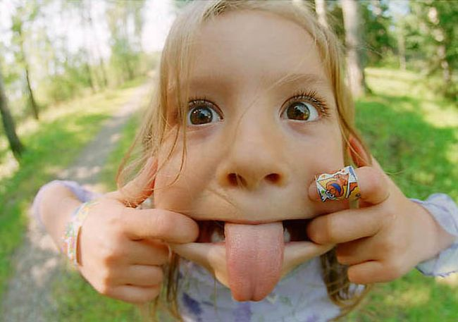 funny girl kid face picture