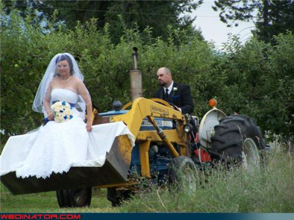 Couple On Tractor : Most funniest wedding pictures on the internet