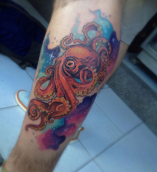 35 Beautiful Octopus Thigh Tattoos