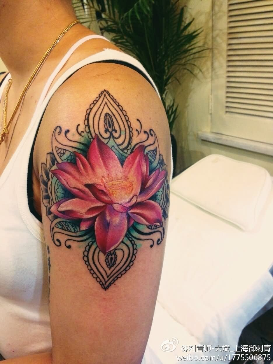 Lotus flower tattoo - Pink Ink Lotus Tattoo On Girl Left Shoulder