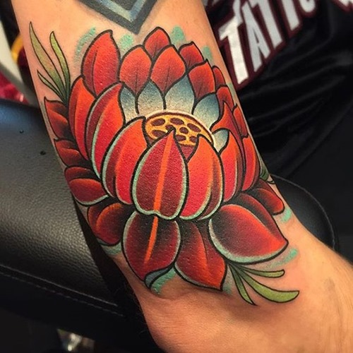 37+ Traditional Lotus Tattoos Ideas