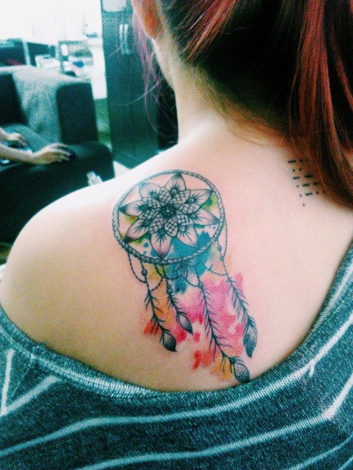 50 dreamcatcher tattoos on shoulder for Watercolor dreamcatcher tattoo