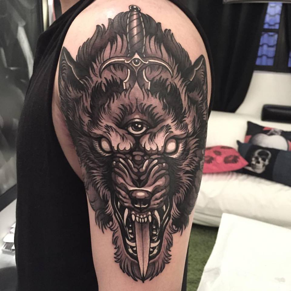 Unique black outline wolf head with skull tattoo design for Wolf head tattoos