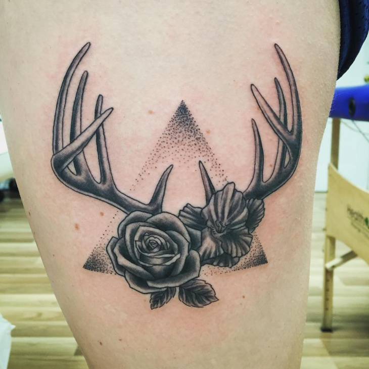 e3439b5039cbb 58+ Deer Antler Tattoos Collection With Meanings