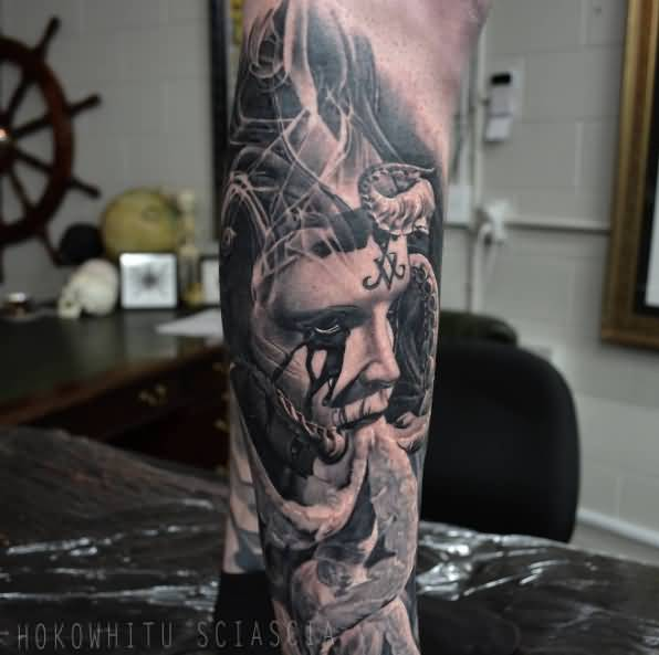 Classic Black And Grey Man Face With Octopus Tattoo On Right Leg