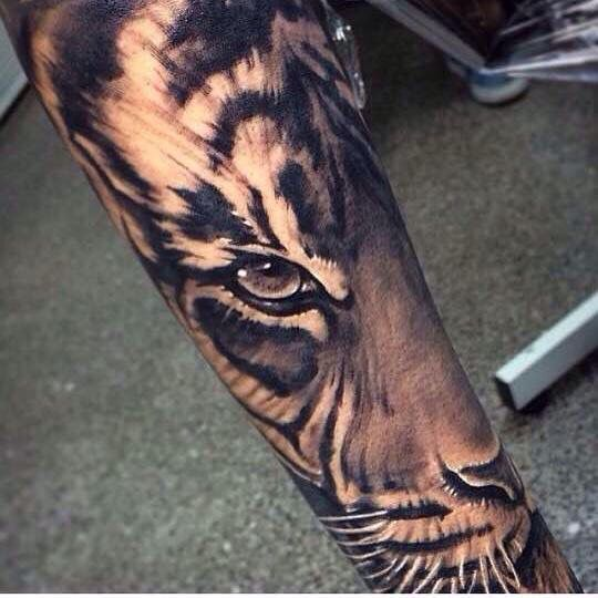 61 all time best tiger tattoos designs with meanings for Tiger face in butterfly tattoo