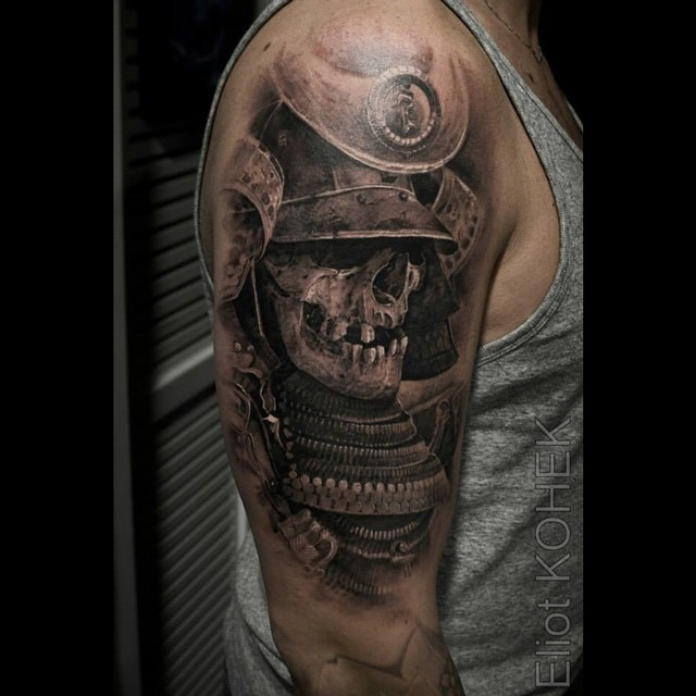 21 Catchy Black Ink Tattoos Designs By Hugo: Black Ink Samurai Skull With Lotus Tattoo Design