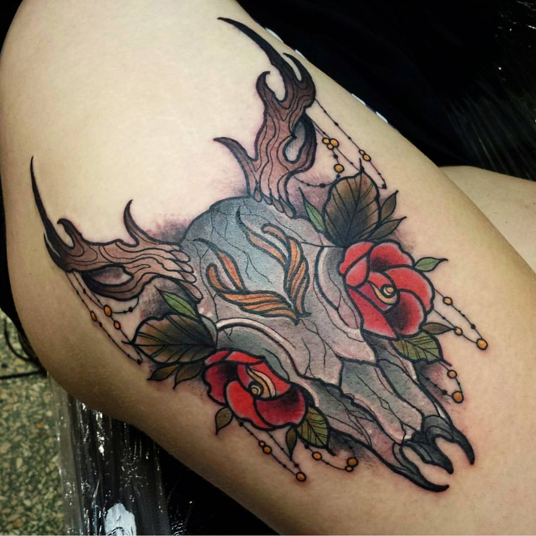 45 deer skull tattoos pictures with meanings for Skull and flowers tattoos