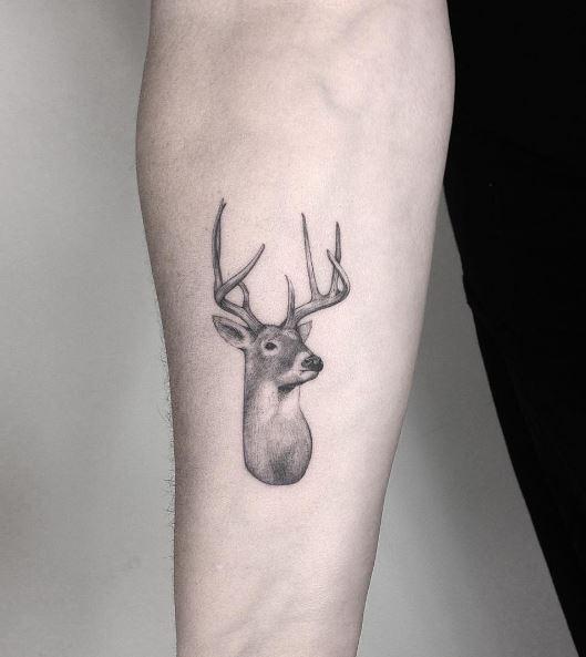 Deer Tattoos: Designs & Ideas