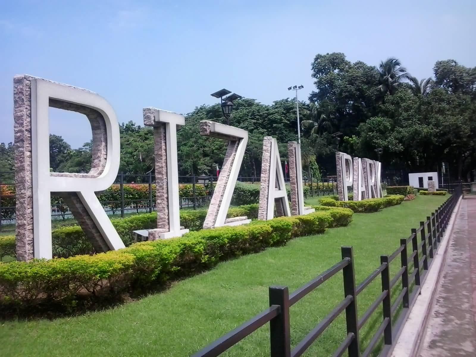 Filipino views of rizal