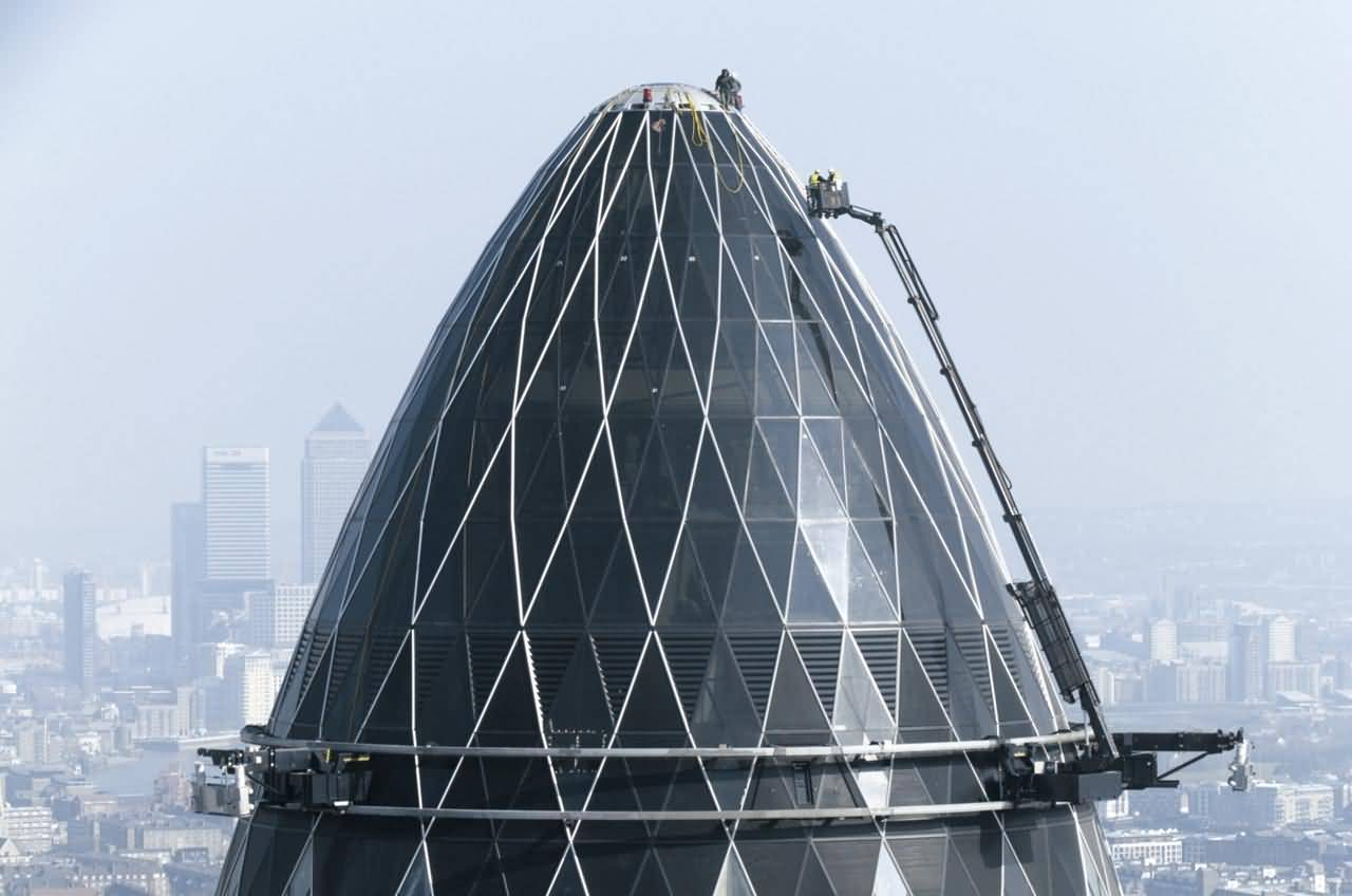 50 most beautiful the gherkin pictures and photos for Best builder construction