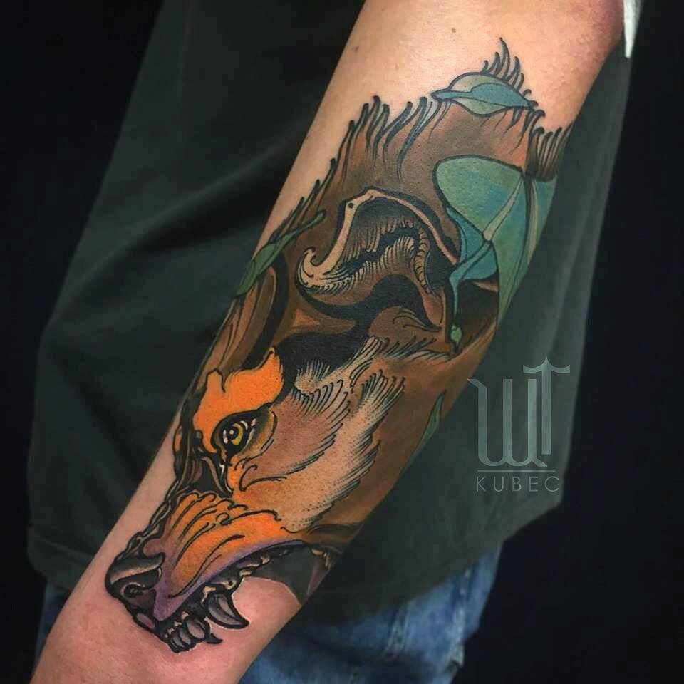 Incredible wolves tattoo design by elensoul for Wolf head tattoos