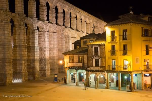 Aqueduct Of Segovia Restaurant At Night