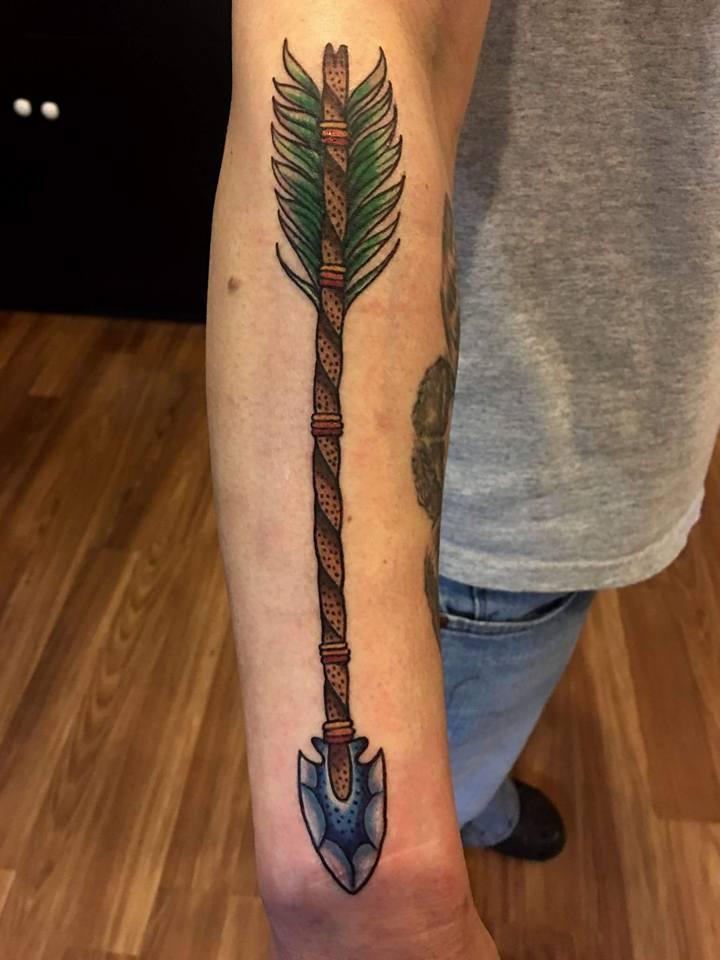 36 beautiful arrow tattoos for Tattoos on right arm